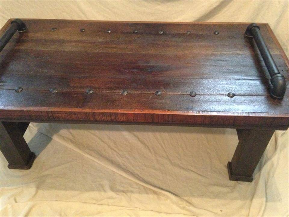 Pallet Coffee Table with Metal Pipe Handles