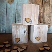 Wooden Pallet Candle Holder Ideas