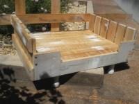 DIY Wooden Pallet Dog Beds