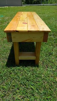 DIY Wood Pallet Garden Bench