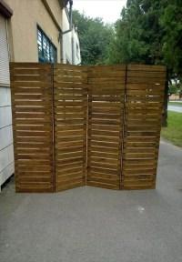 Upcycled Pallet Room Divider | 99 Pallets