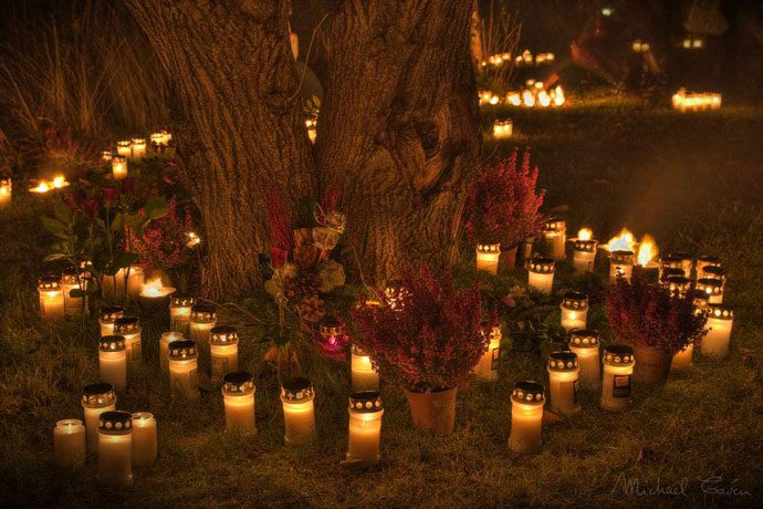 Fall Graveyard Cemetery Wallpaper All Saints Day What Is Amp When Is 99traveltips