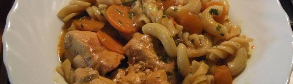 Pileci paprikas s tjesteninom - gotovo jelo