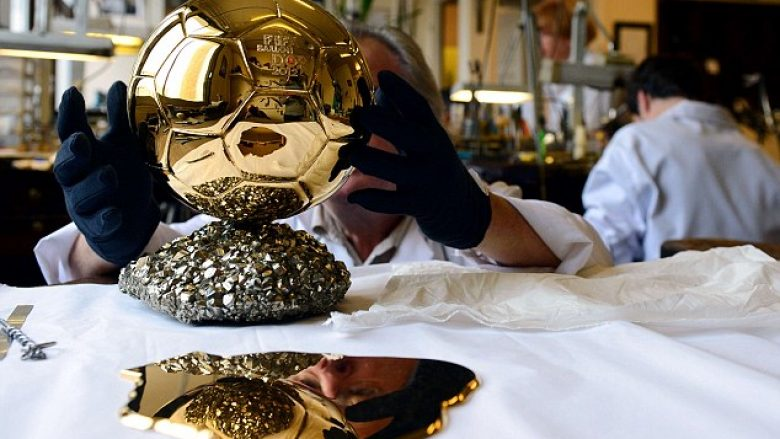 The whole process of making the Ballon d'Or, is it actually made of gold? (Photo)