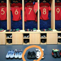 Strange Ronaldo 'toe shoes' spotted in Portugal locking room