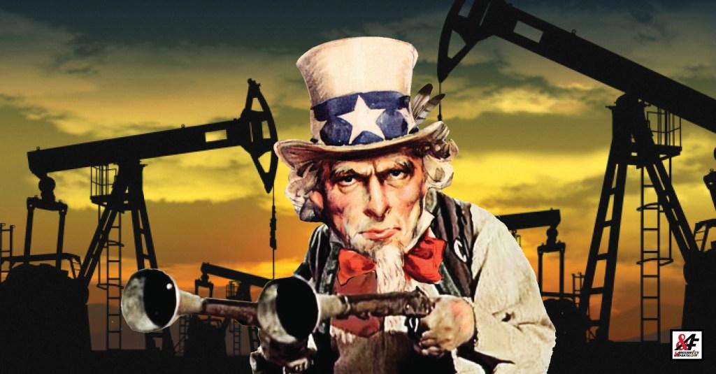 """Armáda USA krade ropu v Sýrii ve velkém. Vůbec by tam už neměla být. Rusko protestuje, ale zaútočit nemůže. Satelitní snímky jako důkaz. Loupežník Sarka """"Sam"""" Farka drancuje za desítky milionů denně."""