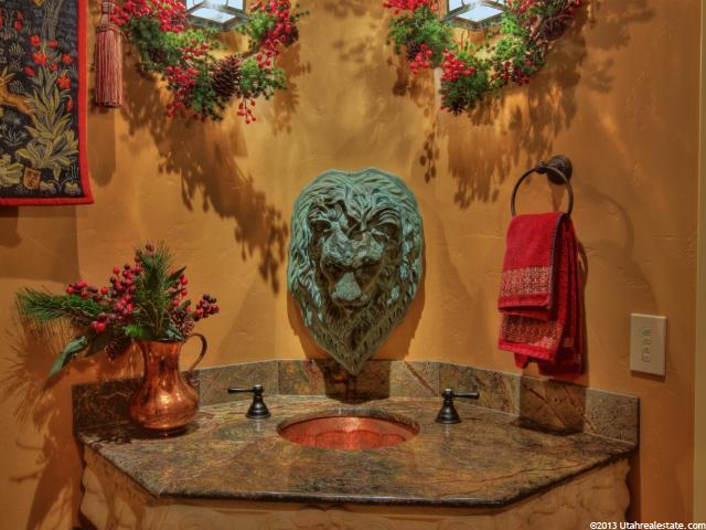 Lion decor in Lindon home