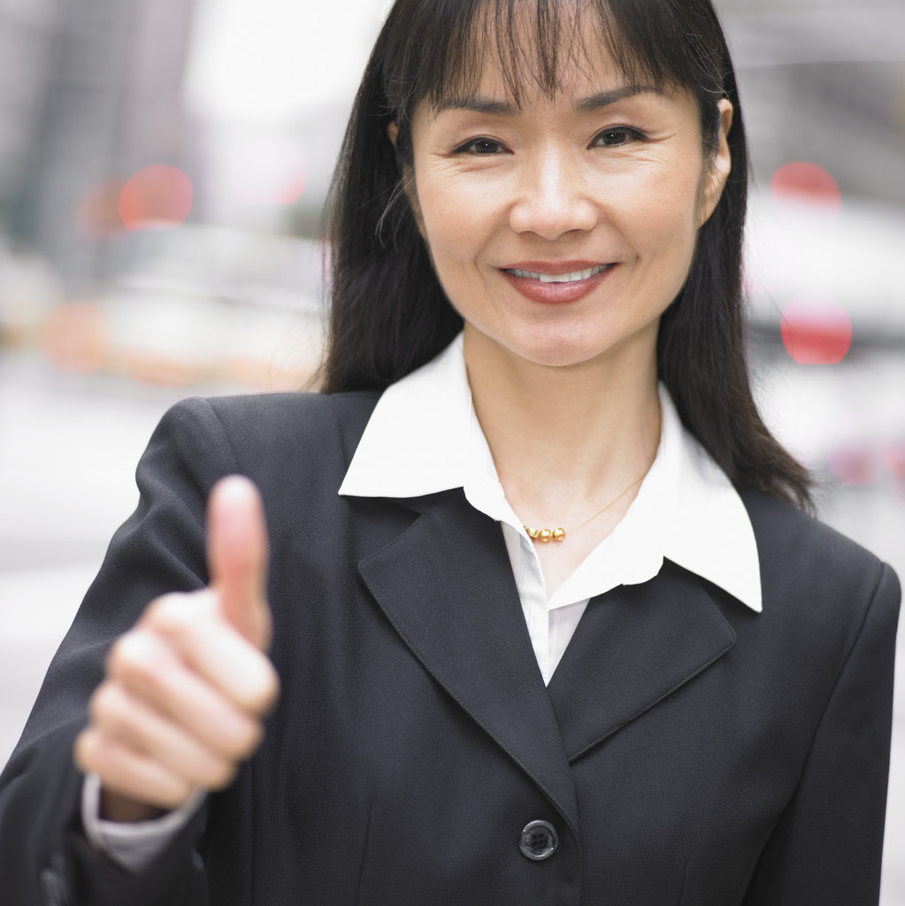 Lady showing thumbs up