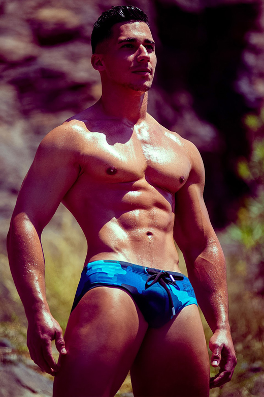 Muscle Guy in Camo Speedo