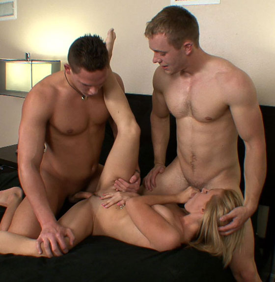 Bisex 3some