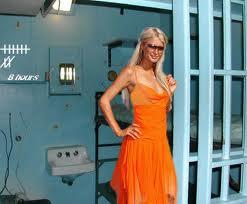 Paris_Hilton_in_Prison_Cell