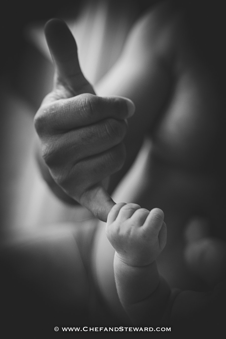 Chef father and son newborn photography black and white-1