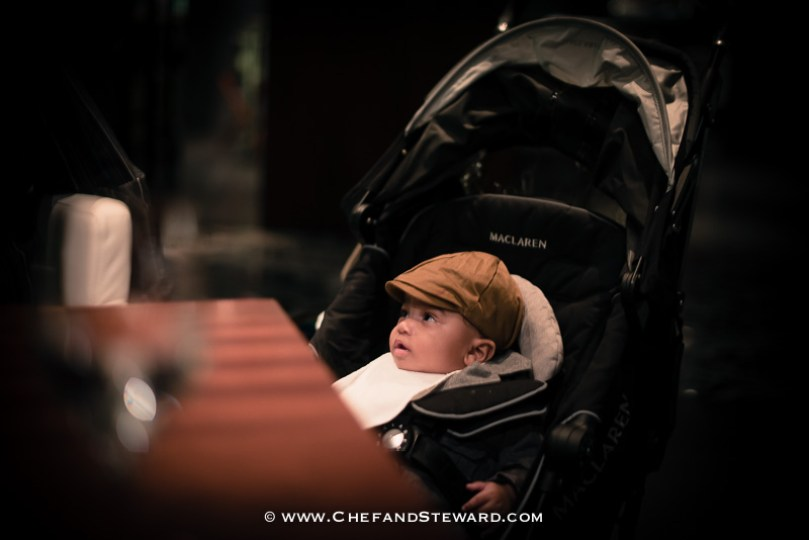 How to get your baby or toddelr to behave in a restaurant -12