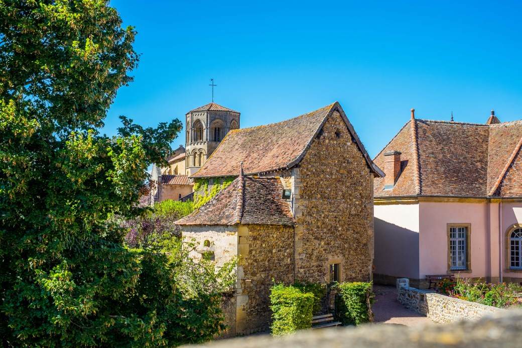Semur-en-Bronnais -- one of the reasons to seek out these special villages...