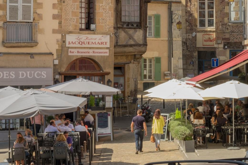 Street scene - Moulins