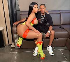 Nicki Minaj shares new loved-up photo with her beau Kenneth Petty