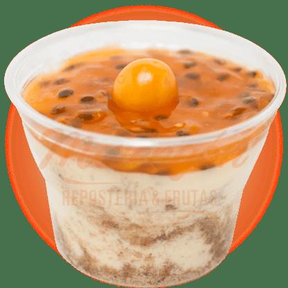 Vasito cheesecake maracuya