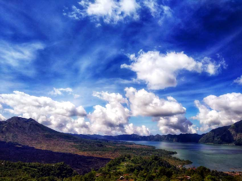 Things to do in Bali Mount batur lake batur bali indonesia laid back traveller laidbacktraveller.com