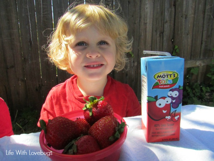 10 Smart Snacking Tips for Kids