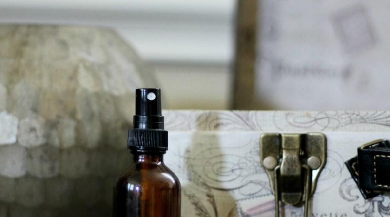 DIY Natural Air Freshener Spray + 6 Room Refresher Essential Oil Blends