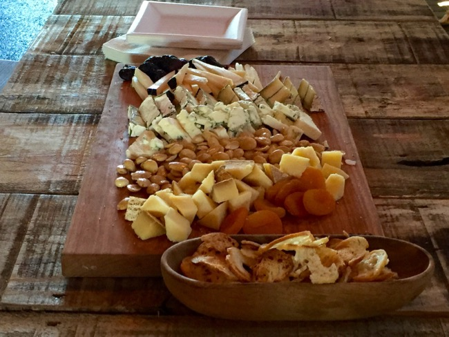 5 fun places to eat in Annapolis: Cheese platter Great Frogs Winery