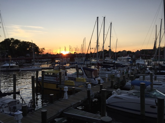 5 fun places to eat in Annapolis: Sunset view Carrol's Creek Cafe