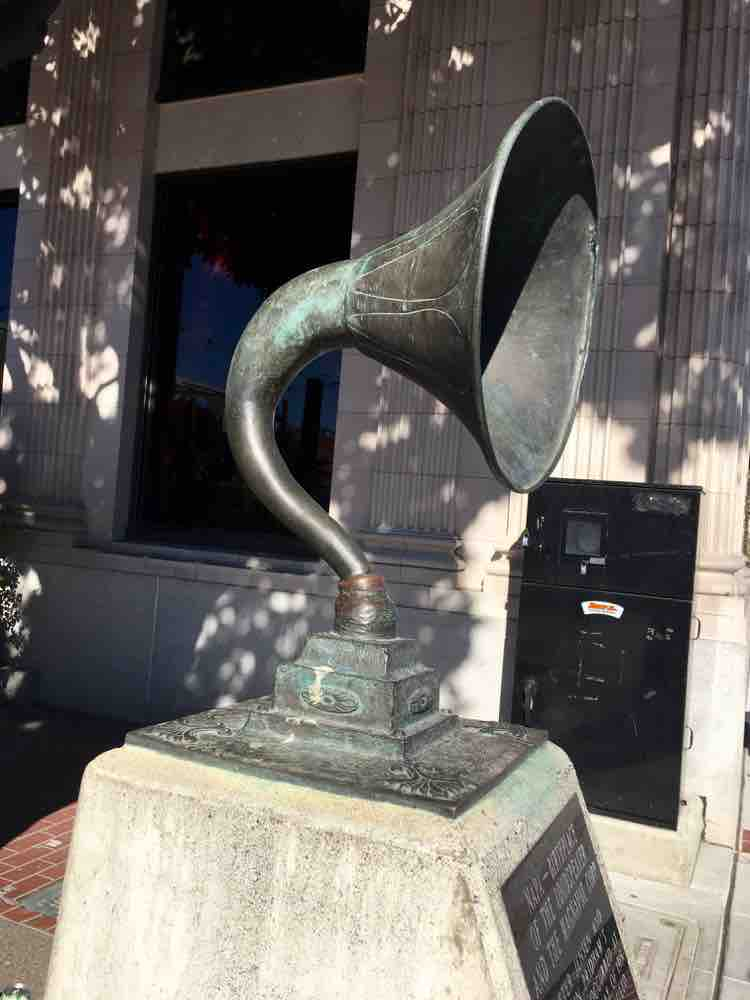 cool things to see in Napa California: Birthplace of the Loudspeaker