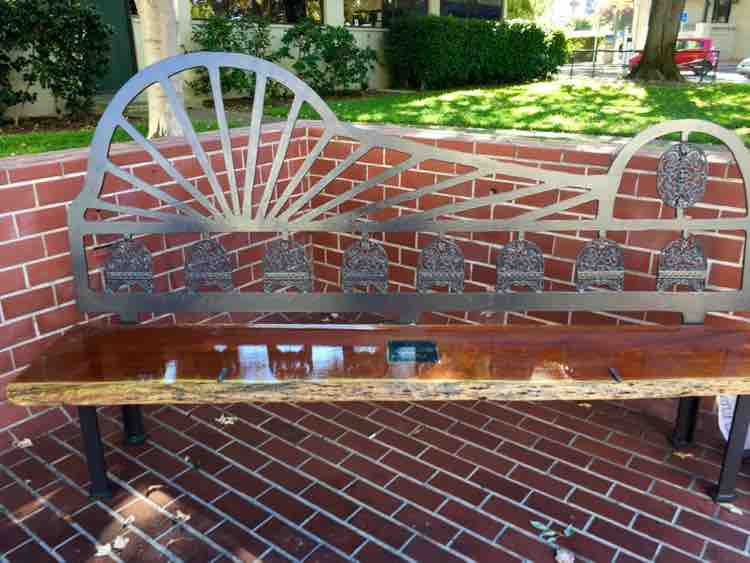 things to see in Napa California: elegant benches