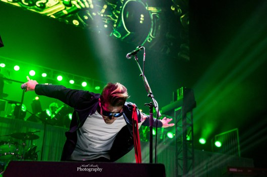 Moon performing with El Monstero at Hollywood Casino Amphitheatre. Photo by Keith Brake Photography.