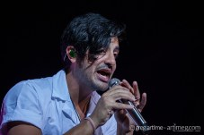 Young the Giant photo by Greg Artime.