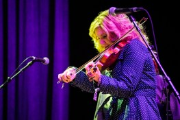 Alison Krauss plays the fiddle at the Peabody Opera House. Photo by Ryan Ledesma.