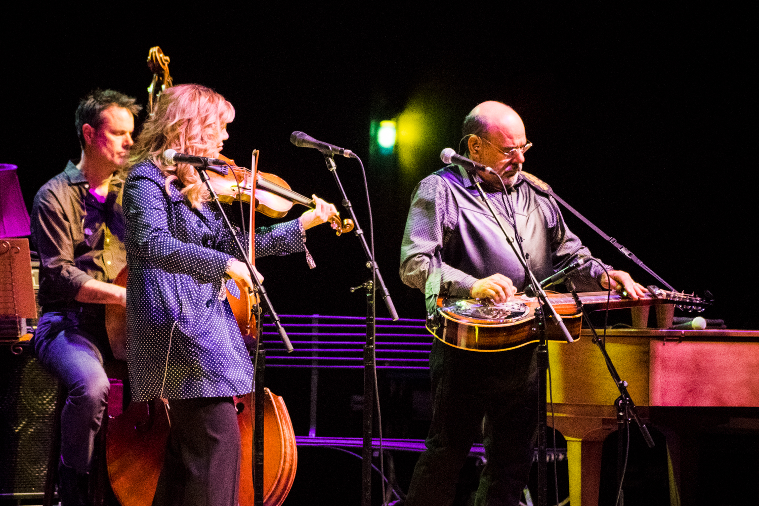 Alison Krauss and Sidney Cox at the Peabody Opera House. Photo by Ryan Ledesma.