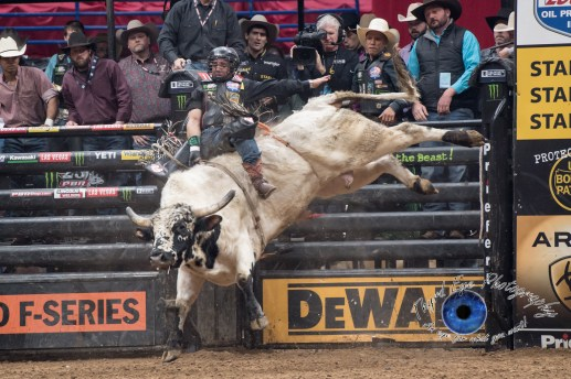 Rubens Barbosa competing in the PBR Saint Louis Invitational. Photo by Sean Derrick/Thyrd Eye Photography.