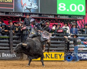 Stetson Lawrence competing in the PBR Saint Louis Invitational. Photo by Sean Derrick/Thyrd Eye Photography.