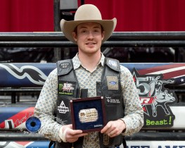 Tanner Byrne won the PBR Saint Louis Invitational. Photo by Sean Derrick/Thyrd Eye Photography.