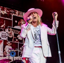 Cheap Trick performing at Hollywood Casino Amphitheatre in Saint Louis Saturday. Photo by Sean Derrick/Thyrd Eye Photography.