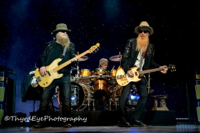 ZZ Top performing in 2016 in St. Louis. Photo by Sean Derrick/Thyrd Eye Photography.