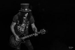 Slash at the 2019 KSHE Pig Roast. Photo by Keith Brake.