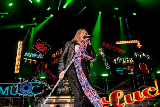 Def Leppard performing at Hollywood Casino Amphitheatre in 2017. Photo by Sean Derrick/Thyrd Eye Photography.