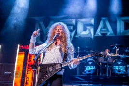 Dave Mustaine of Megadeth performing at Hollywood Casino Amphitheatre in St. Louis. Photo by Sean Derrick/Thyrd Eye Photography.