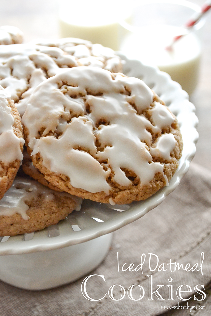 Iced Oatmeal Cookies | www.motherthyme.com