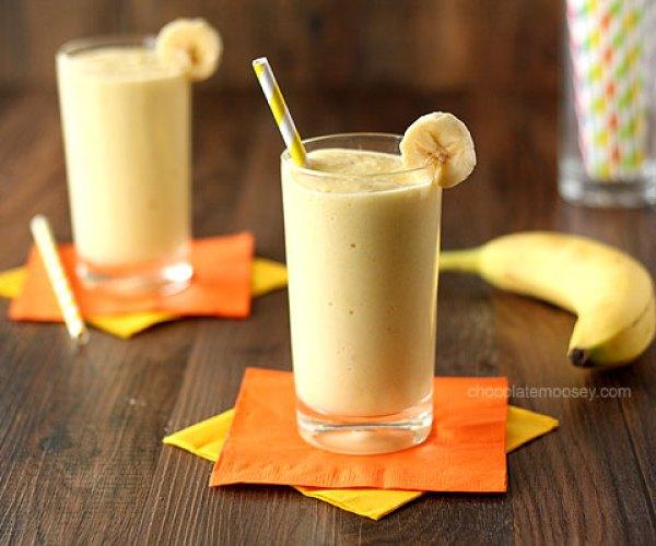 Banana Mango Yogurt Smoothie