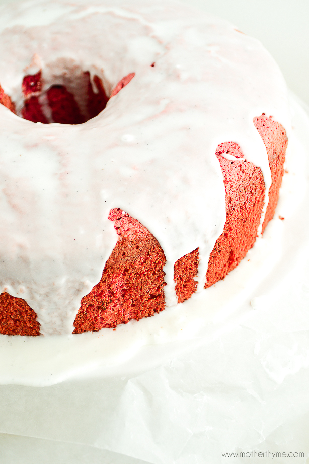 Red Velvet Angel Food Cake | www.motherthyme.com