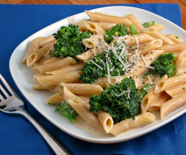Cheesy Broccoli Penne Pasta