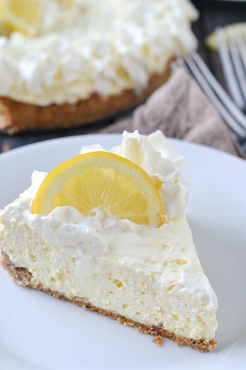 Low Carb Lemon Cheesecake | www.motherthyme.com