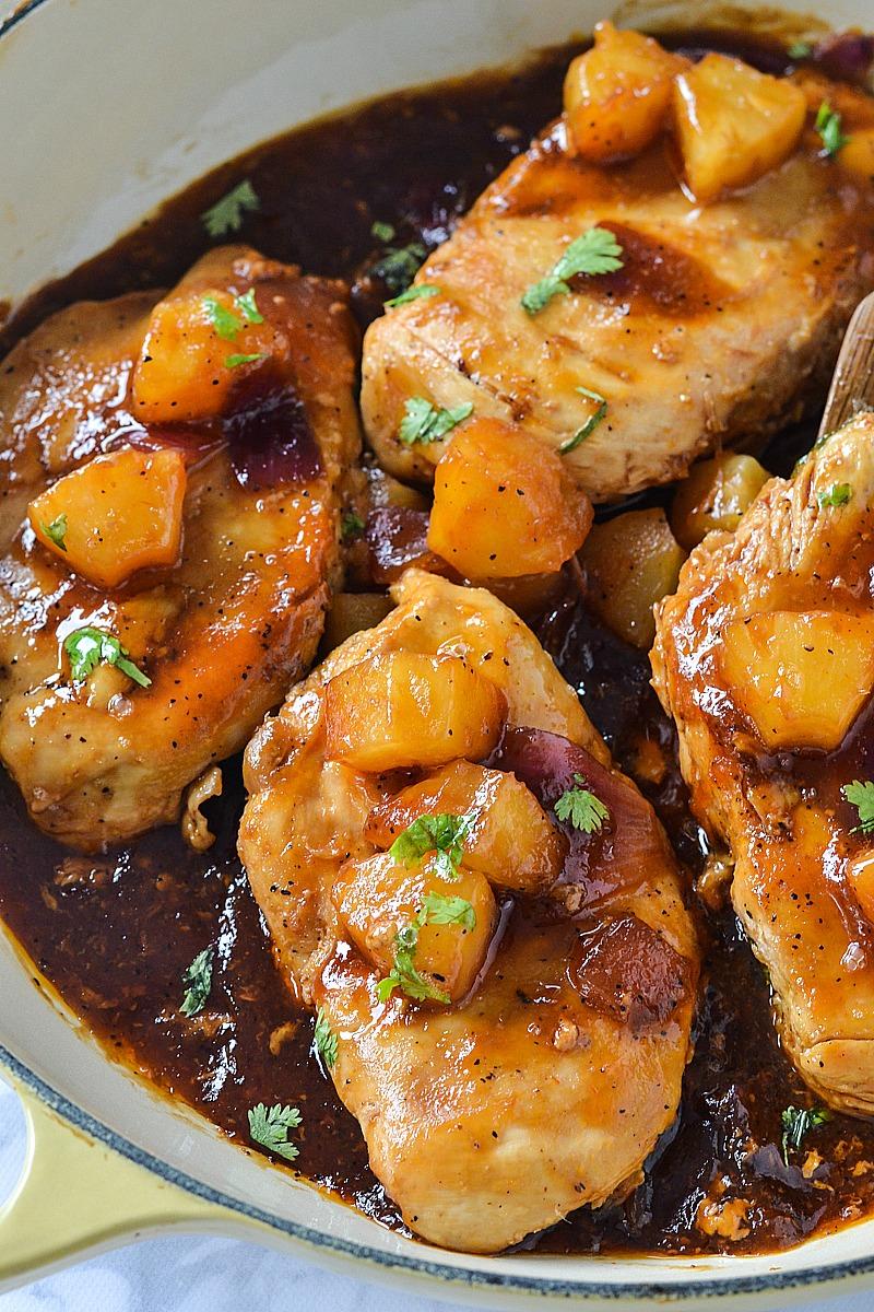 Easy Hawaiian Skillet Chicken | www.motherthyme.com
