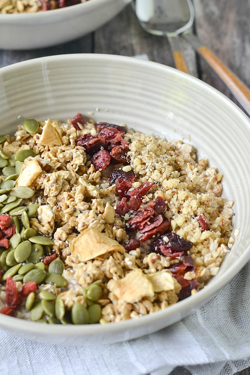 Pumpkin Spice Breakfast Bowls from www.motherthyme.com