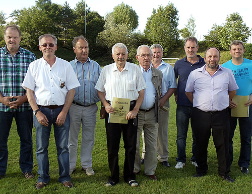 FC Binau ehrt Mitglieder
