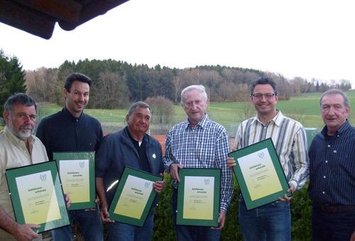 500 TC Waldbrunn ehrt Mitglieder