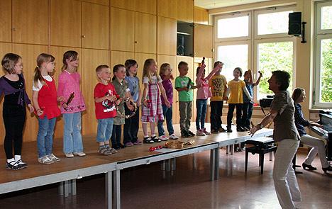 wpid-468-4-Kinderkonzert-der-Musikschule-Bauland-2011-07-16-22-23.jpg